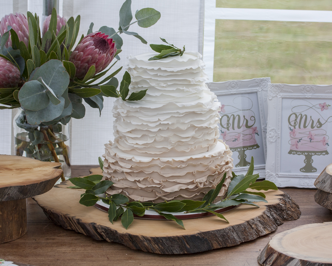 wooden wedding cake stands australia rustic wood cake stand 27605